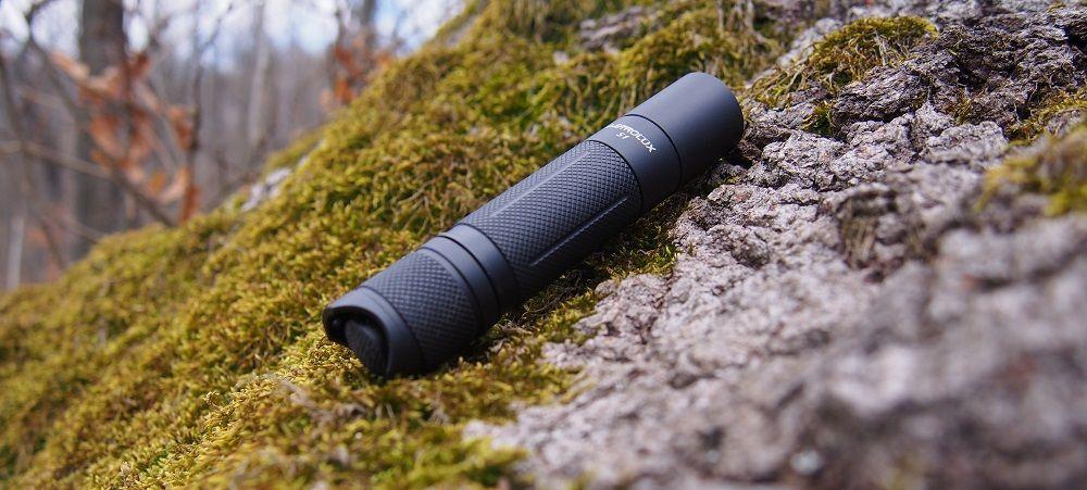 Astrolux S1 erdőben